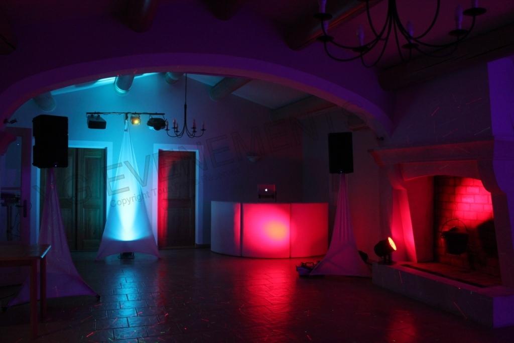 Chateau pas du cerf for Decoration lumineuse
